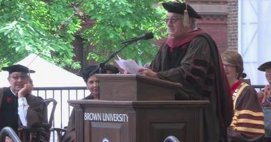Robert De Niro's Brown Univ. Commencement Speech Was EPIC!